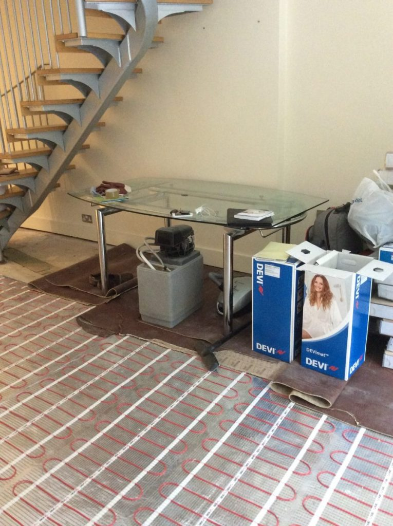 Avs electrical under floor heating5